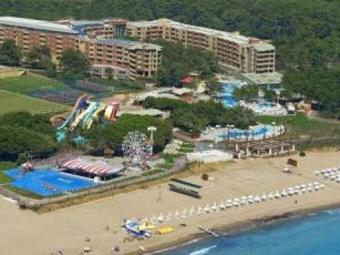 Sueno Hotels Beach Side Image